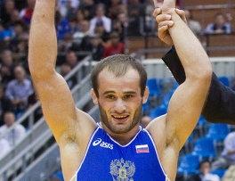 борец Амбако Вачадзе