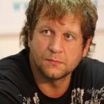 Александр Емельяненко досрочно выиграл у Тадаса Римкявичуса