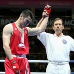 Артур Бетербиев попал в четвертьфинал олимпийских игр