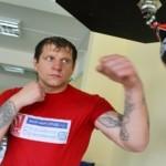 Поединок между Емельяненко и Глуховым получит статус основного бойцовского события вечера