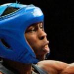 Боксёр из Америки Рауши Уоррен потерял линзы в процессе поединка на олимпийских играх